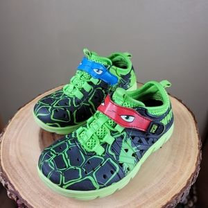 Ninja turtle water shoe croc sandals Sz 2 Green bl